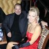 Prelepa Petra Slapar je nastopila v programu potem pa skočila k možu Robertu.