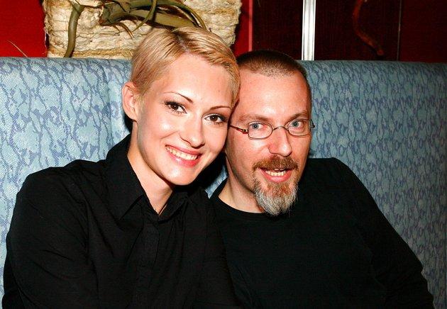 Sanela Vukalić z odgovornim urednikom slovenskega Playboya Borutom Omerzelom.