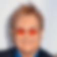Elton John bi rad posvojil