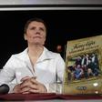 Alenka Sivka: Kmetija slavnih norcev