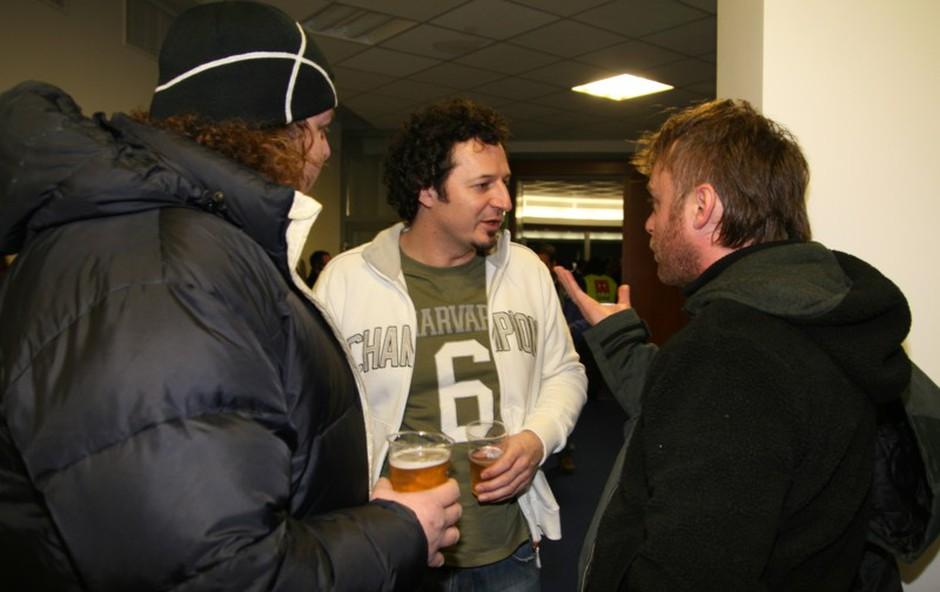 Rokerja Buco (Sausages) in Grega Skočir (Big Foot Mama) sta poklepetala z ministrom. (foto: Jani Božič)