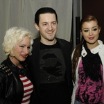 Blažen med ženami: Alya, Sanja in Martin. (foto: Sašo Radej)