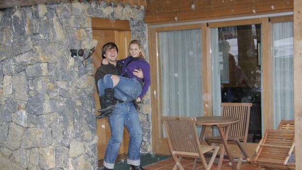 Hiška, v kateri bosta preživela poročno noč. Raay je obljubil, da bo ženo nesel čez prag. (foto: Grega Gulin)