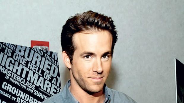 Ker Ryan med snemanjem filma v Španiji ni mogel spati, so mu sorodniki poslali uspavalne tablete, ki pa so jih cariniki zasegli.
