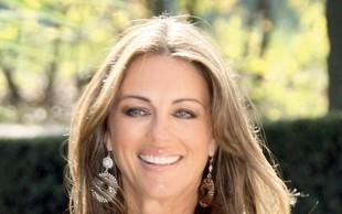 Elizabeth Hurley: Uradno ločena