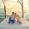 Privoščila sta si popoln luksuz – tudi na plaži!