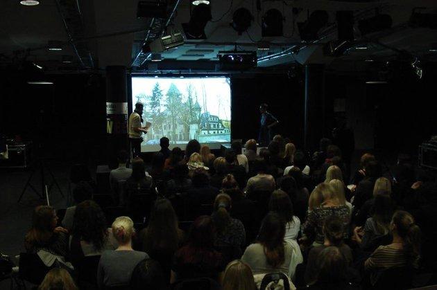 Z dopoldanskimi predavanji se je začel 1. slovenski Fashion Week.