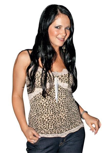 Nina v začetku kariere ni bila tako glamurozna in s svojim stilom ni preveč izstopala.