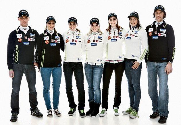 Ženska slovenska reprezentaca v smučarskih skokih