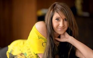Sandra Auer: Okreva po težkem porodu