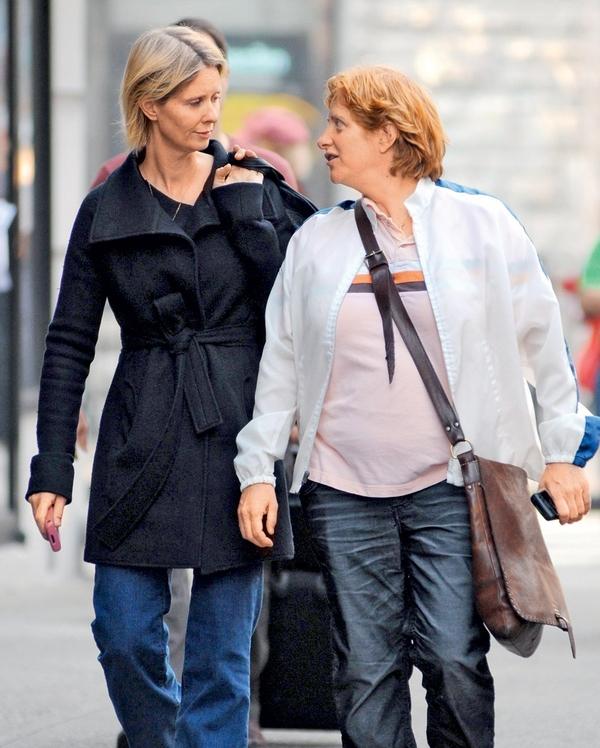 Cynthia je prav zaradi Christine, s katero sta lani dobili sina Maxa, zapustila svojega soproga.