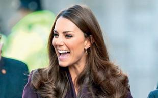 Kate Middleton: Po škandalu  zapeta do vratu