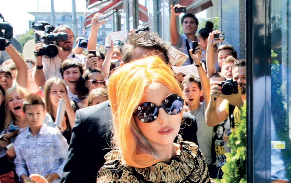 Lady Gaga bo v dokumentarcu o svojem življenju svetovala, kako postati uspešen in bogat, spregovorila pa bo tudi o svoji odvisnosti od kokaina. (foto: Shutterstock)
