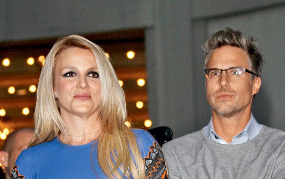 Britney Spears: Razdrla zaroko (foto: Shutterstock)