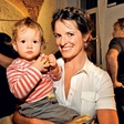 Ana Dolinar: S  hčerko na avtobusu