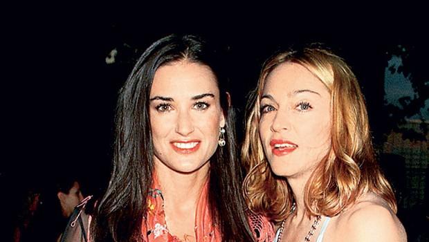 Demi je velik šok doživela že decembra lani, ko je Ashton vložil zahtevo za ločitev, zdaj pa ji je hrbet obrnila še njena dobra prijateljica Madonna.  (foto: Getty Images)