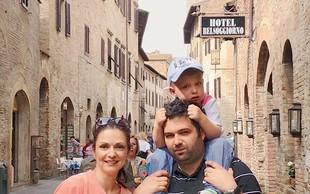 Natalija Verboten z družino po Toskani