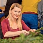 Očarljiva voditeljica  oddaje Na lepše,  Irena Shyama  Hlebš, ni skrivala  dobre volje.  (foto: Primož Predalič)