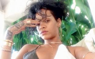 Rihanna božič preživela v kopalkah