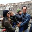 McConaughey z družino pohajkuje po Rimu