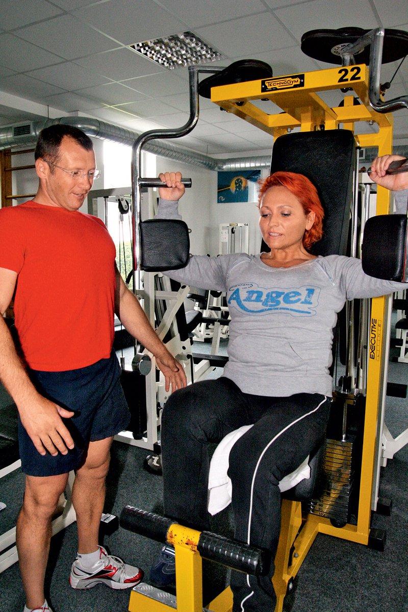 """""""Pravijo, da je fitnes oziroma vadba z utežmi garancija za 'rikverc' staranje."""""""