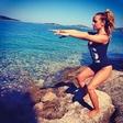 Tako na plaži telovadi Nina Šušnjara