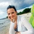 Alenka Gotar na dopustu s fantom