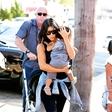 Kim Kardashian hčeri kupila plašč za 15 tisočakov