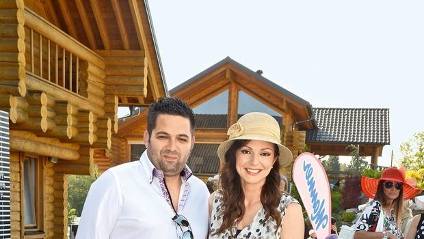 Natalija in Dejan sta skupaj z Maxom proslavila njegov rojstni dan in šesto obletnico poroke.  (foto: revija Lea)