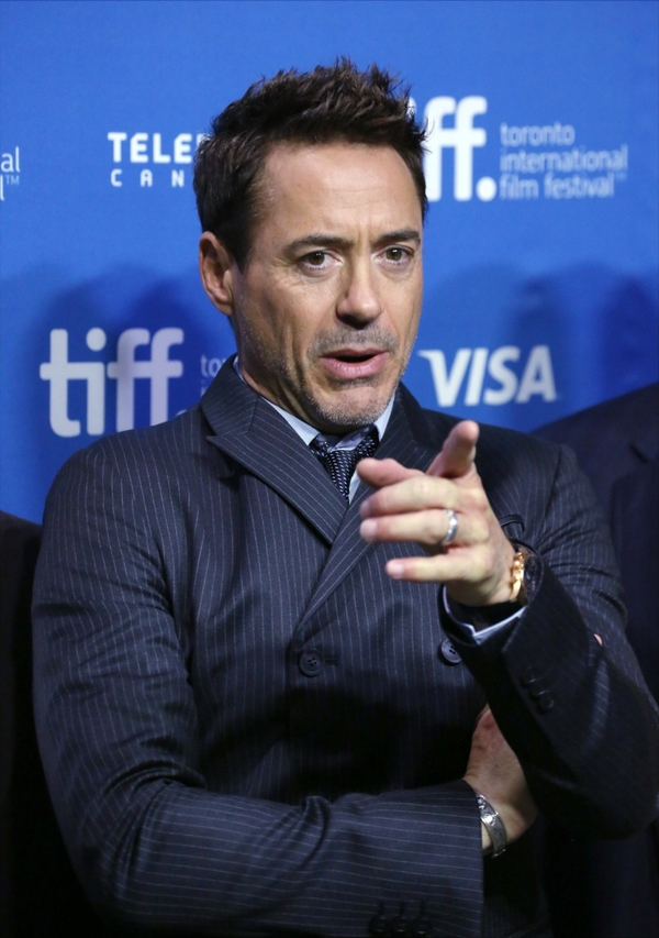 Robert Downey Jr. se je z žalnim posvetilom obrnil k svojim oboževalcem