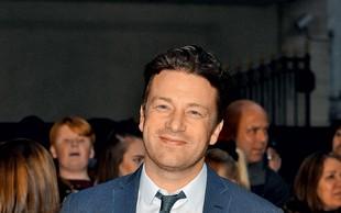 Jamie Oliver zaposlil pedofila!