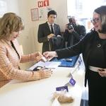 Novi časi, novi produkti: NLB bo prva v Sloveniji uvedla brezstično plačevanje (foto: NLB)