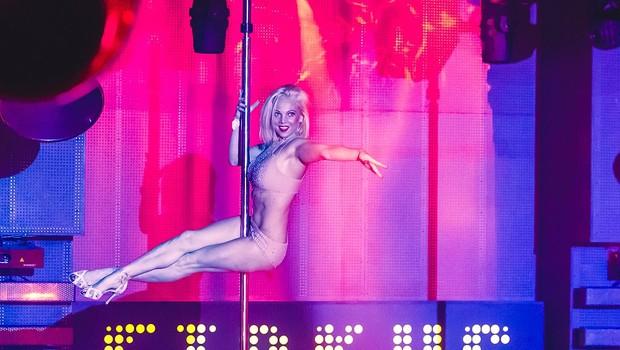 Klub Cirkus zavzele vroče plesalke ob drogu (foto: Marko Delbello Ocepek)