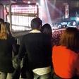 Blaž Švab (Modrijani) ujet s punco na koncertu
