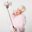 Selfie Stick je obnorel tudi Slovenijo