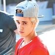 Justina Bieberja zalezujejo zagrete mlade oboževalke