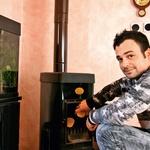 Matevž Volk kuha tradicionalno (foto: Lea)