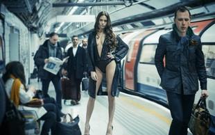 Modna revija seksi perila na londonski podzemni