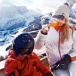 Maša Merc s sinovoma na sneg