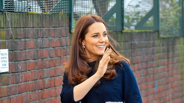 Kate Middleton strada s pitjem džusov (foto: Lea)