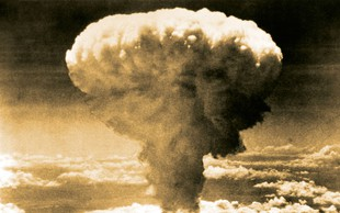 Po Hirošimi spomin na grozo atomske bombe še v Nagasakiju