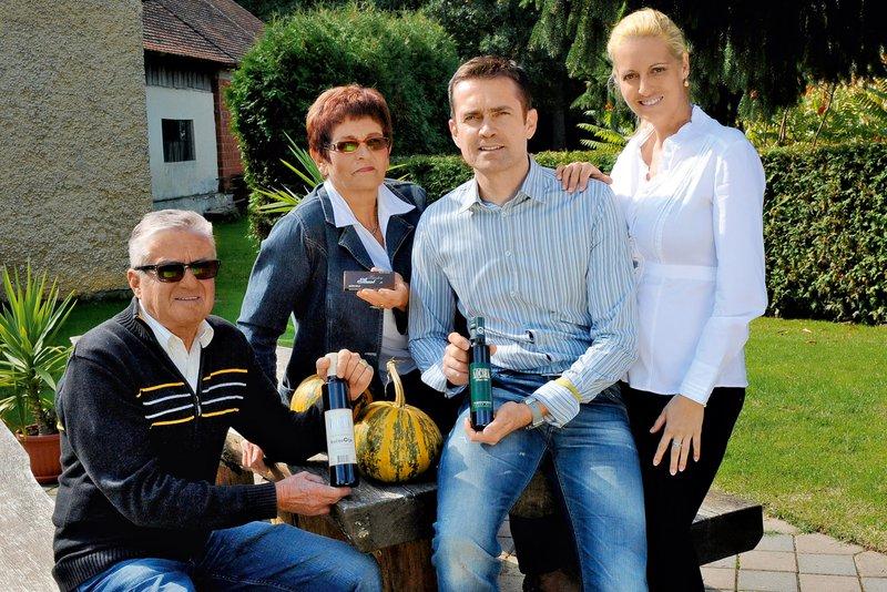 Gorazd Kocbek nadaljuje družinsko tradicijo predelave bučnega olja.