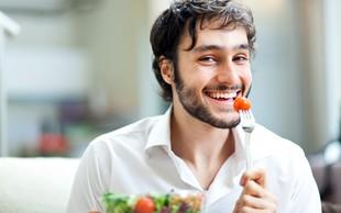 Ste vedeli, da naše misli in čustva vplivajo na uživanje hrane?