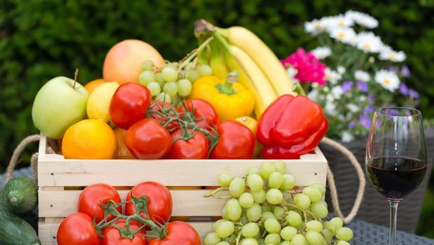 Na stojnicah in tržnicah še vedno goljufajo, zlasti pri sezonskem sadju in zelenjavi (foto: Profimedia.si)