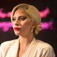 Lady Gaga potrebuje odmor - bolezen ji greni življenje