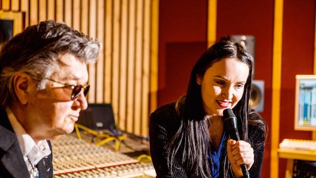 Tinkara Kovač: Z legendo italijanske glasbe (foto: Lea Press)
