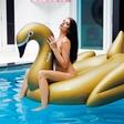 Daša Podržaj: Razgaljena v novem Playboyu