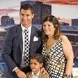 Cristiano Ronaldo: Očka, nogometaš, bogataš