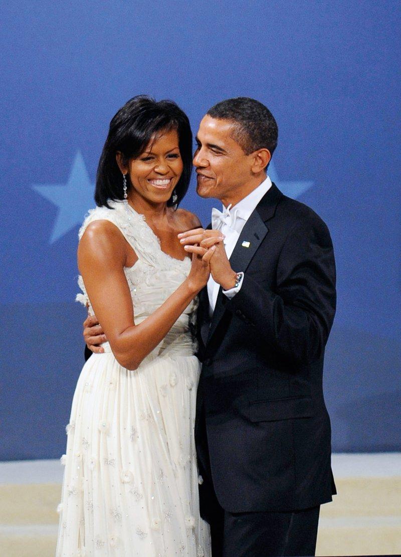 Michelle Obama je bila prva prva dama Bele hiše afroameriških korenin. In njen mož Barack prvi temnopolti ameriški predsednik.