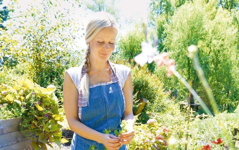 Jerneja Jošar: Vrtni namigi strokovnjakinje (foto: Primož Predalič)